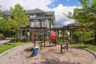 """Photo 18: 61 7388 MACPHERSON Avenue in Burnaby: Metrotown Townhouse for sale in """"ACACIA GARDENS"""" (Burnaby South)  : MLS®# R2166985"""