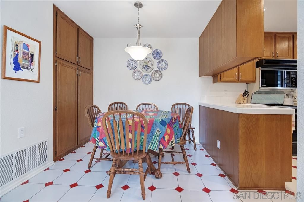 Photo 14: Photos: CARMEL VALLEY Townhouse for rent : 3 bedrooms : 3631 Fallon Circle in San Diego