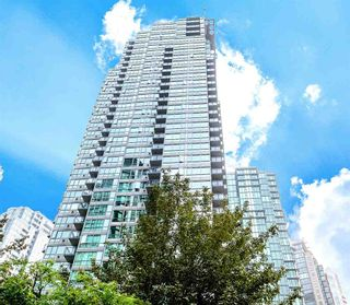 """Photo 2: 1107 1328 W PENDER Street in Vancouver: Coal Harbour Condo for sale in """"CLASSICO"""" (Vancouver West)  : MLS®# R2499956"""