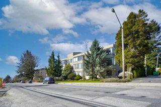 "Photo 2: 104 1467 MARTIN Street: White Rock Condo for sale in ""Searidge Court"" (South Surrey White Rock)  : MLS®# R2560103"