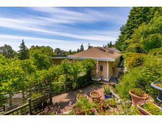 "Photo 19: 13557 55A Avenue in Surrey: Panorama Ridge House for sale in ""Panorama Ridge"" : MLS®# R2467137"