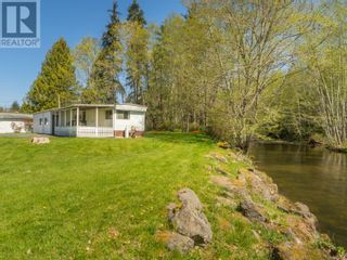 Main Photo: 733 Barclay Cres N in Parksville: House for sale : MLS®# 873539