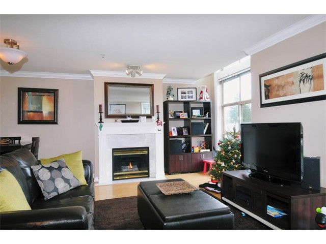 """Main Photo: 29 2378 RINDALL Avenue in Port Coquitlam: Central Pt Coquitlam Condo for sale in """"BRITTANY PARK"""" : MLS®# V922637"""