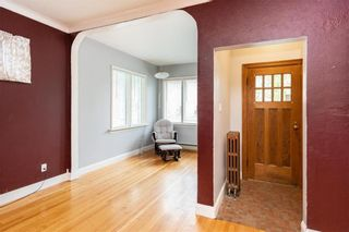 Photo 4: 401 Machray Avenue in Winnipeg: North End Residential for sale (4C)  : MLS®# 202114161