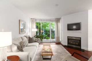 """Photo 1: 1409 W 7TH Avenue in Vancouver: Fairview VW Townhouse for sale in """"Sienna @ Portico"""" (Vancouver West)  : MLS®# R2623032"""