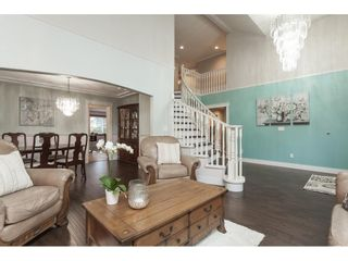 """Photo 5: 20825 43 Avenue in Langley: Brookswood Langley House for sale in """"Cedar Ridge"""" : MLS®# R2423008"""