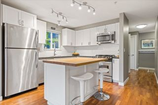 """Photo 8: 6 2780 ALMA Street in Vancouver: Kitsilano Townhouse for sale in """"Twenty on the Park"""" (Vancouver West)  : MLS®# R2575885"""