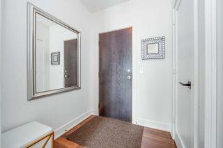 Photo 2: 1709 120 Homewood Avenue in Toronto: North St. James Town Condo for sale (Toronto C08)  : MLS®# C5088761