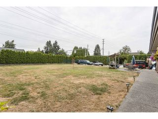 Photo 2: 23389 DEWDNEY TRUNK Road in Maple Ridge: East Central House for sale : MLS®# R2621825