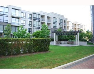 """Photo 10: 409 3638 VANNESS Avenue in Vancouver: Collingwood VE Condo for sale in """"BRIO"""" (Vancouver East)  : MLS®# V768295"""