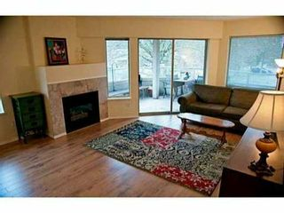 "Photo 3: 205 19241 FORD Road in Pitt Meadows: Central Meadows Condo for sale in ""VILLAGE GREEN"" : MLS®# V1001115"