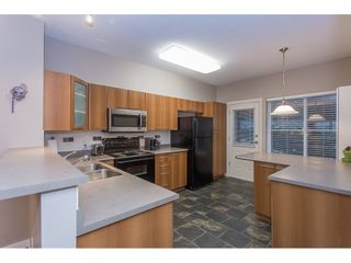 """Photo 7: 132 2000 PANORAMA Drive in Port Moody: Heritage Woods PM Townhouse for sale in """"MOUNTAINS EDGE"""" : MLS®# R2223784"""