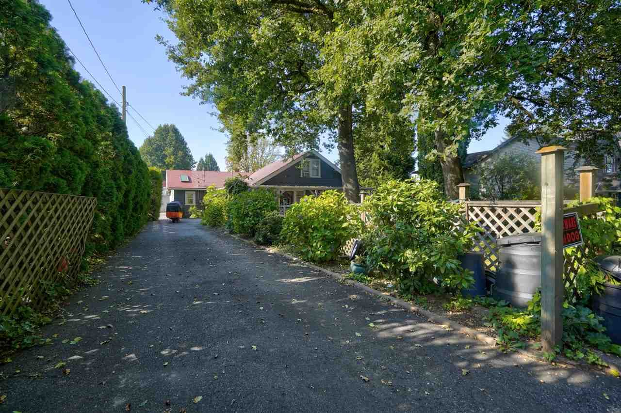 Main Photo: 2765 MCCALLUM Road in Abbotsford: Central Abbotsford House for sale : MLS®# R2506748