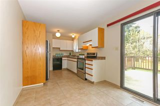 Photo 6: 15041 88A Avenue in Surrey: Bear Creek Green Timbers House for sale : MLS®# R2326448