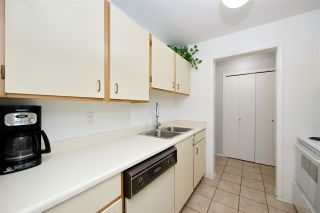 """Photo 17: 214 10662 151A Street in Surrey: Guildford Condo for sale in """"Lincoln Hill"""" (North Surrey)  : MLS®# R2501771"""