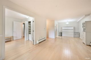 """Photo 6: 309 2320 W 40TH Avenue in Vancouver: Kerrisdale Condo for sale in """"Manor Gardens"""" (Vancouver West)  : MLS®# R2519001"""