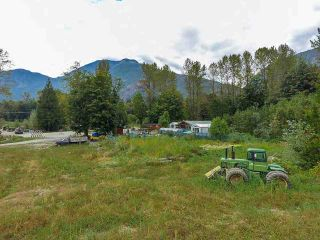 Photo 15: 12975 SQUAMISH VALLEY Road in Squamish: Upper Squamish Business with Property for sale : MLS®# C8037598
