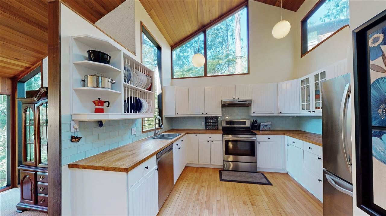 Main Photo: 1600 LOOK OUT Point in North Vancouver: Deep Cove House for sale : MLS®# R2589643