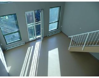 """Photo 6: 409 1 E CORDOVA Street in Vancouver: Downtown VE Condo for sale in """"CARRALL STATION"""" (Vancouver East)  : MLS®# V687975"""