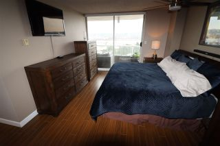 "Photo 12: 803 1065 QUAYSIDE Drive in New Westminster: Quay Condo for sale in ""Quayside Tower II"" : MLS®# R2417737"