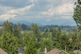 """Photo 16: 18973 58TH Avenue in Surrey: Cloverdale BC House for sale in """"Rosewood Park"""" (Cloverdale)  : MLS®# R2179621"""