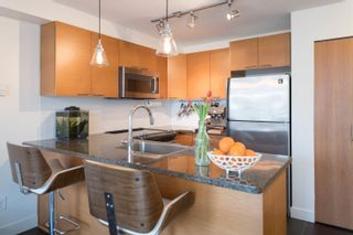 """Photo 4: 1 1250 W 6TH Avenue in Vancouver: Fairview VW Townhouse for sale in """"Silver"""" (Vancouver West)  : MLS®# R2624702"""