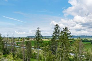 """Photo 2: 14947 35A Avenue in Surrey: Morgan Creek House for sale in """"Rosemary Heights West"""" (South Surrey White Rock)  : MLS®# R2395690"""