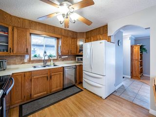 Photo 12: 215 Millcrest Way SW in Calgary: Millrise Detached for sale : MLS®# A1103784
