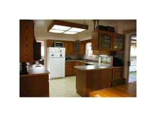 Photo 3: 20803 CAMWOOD Avenue in Maple Ridge: Southwest Maple Ridge House for sale : MLS®# V925714