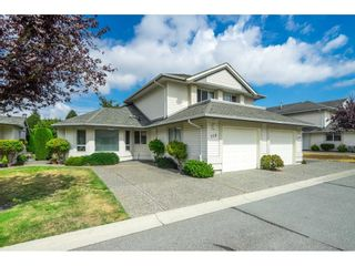 """Photo 2: 115 31406 UPPER MACLURE Road in Abbotsford: Abbotsford West Townhouse for sale in """"Ellwood Estates"""" : MLS®# R2610361"""