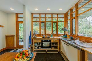 Photo 3: 276 Porter Rd in : GI Mayne Island House for sale (Gulf Islands)  : MLS®# 871852
