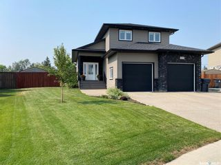 Photo 1: 425 Quessy Drive in Martensville: Residential for sale : MLS®# SK864596
