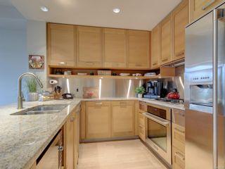 Photo 10: 409 365 Waterfront Cres in Victoria: Vi Rock Bay Condo for sale : MLS®# 887494