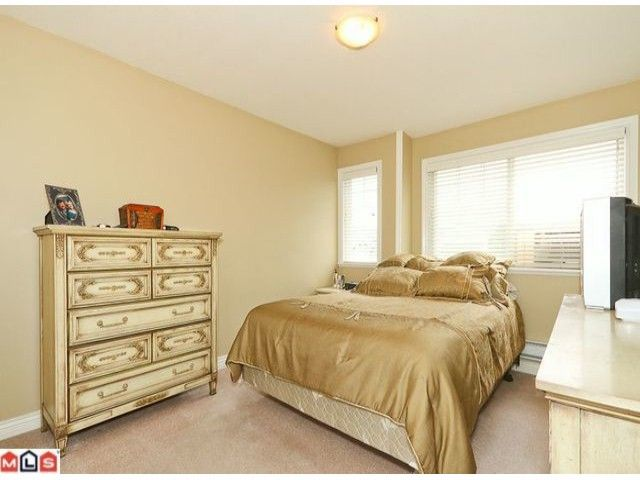 Photo 8: Photos: 7277 144TH Street in Surrey: East Newton House for sale : MLS®# F1120125