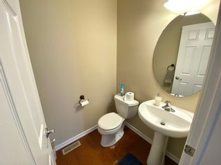 Photo 10: 648 Gessinger Rd in Edmonton: House for rent