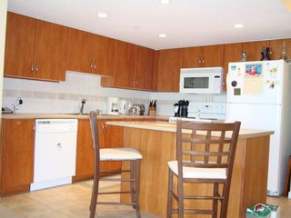 """Photo 2: 905 615 HAMILTON STREET in """"THE UPTOWN"""": Home for sale"""