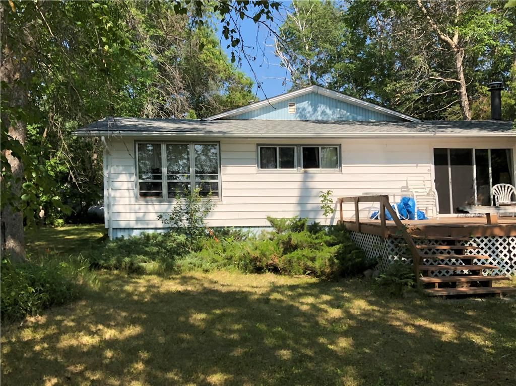 Main Photo: 21 Pine Street in St Clements: Sunset Beach Residential for sale (R27)  : MLS®# 202118181