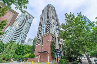 Photo 1: 2208 909 MAINLAND Street in Vancouver: Yaletown Condo for sale (Vancouver West)  : MLS®# R2540425