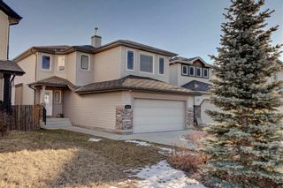 Photo 2: 242 WESTMOUNT Crescent: Okotoks Detached for sale : MLS®# C4220337