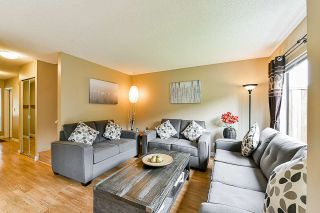 """Photo 3: 93 13880 74 Avenue in Surrey: East Newton Townhouse for sale in """"Wedgewood Estates"""" : MLS®# R2366650"""