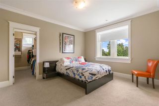 "Photo 19: 15910 HUMBERSIDE Avenue in Surrey: Morgan Creek House for sale in ""Morgan Creek"" (South Surrey White Rock)  : MLS®# R2462332"