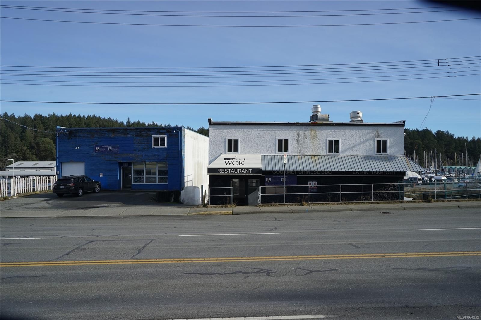 Main Photo: 1340-1370 Stewart Ave in : Na Brechin Hill Mixed Use for sale (Nanaimo)  : MLS®# 864232