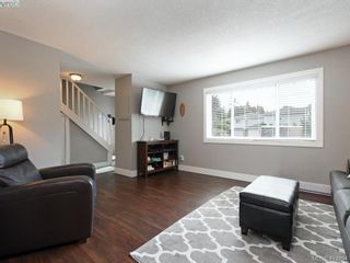 Photo 4: 2744 Whitehead Pl in VICTORIA: Co Colwood Corners Half Duplex for sale (Colwood)  : MLS®# 819559