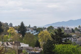 """Photo 9: 1001 728 W 8TH Avenue in Vancouver: Fairview VW Condo for sale in """"700 WEST 8TH"""" (Vancouver West)  : MLS®# R2059033"""