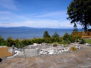 Photo 3: 1053 Eaglecrest Dr in QUALICUM BEACH: PQ Qualicum Beach House for sale (Parksville/Qualicum)  : MLS®# 572391