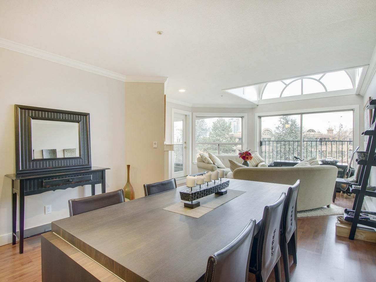 """Main Photo: 408 525 WHEELHOUSE Square in Vancouver: False Creek Condo for sale in """"HENLEY COURT"""" (Vancouver West)  : MLS®# R2123953"""