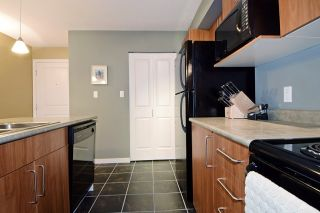 "Photo 3: 210 1576 GRANT Avenue in Port Coquitlam: Glenwood PQ Condo for sale in ""THE BROWSTONE"" : MLS®# R2000830"