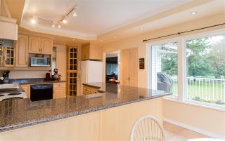 Photo 9: 2249 E 19TH Avenue in Vancouver: Grandview VE House for sale (Vancouver East)  : MLS®# R2032611