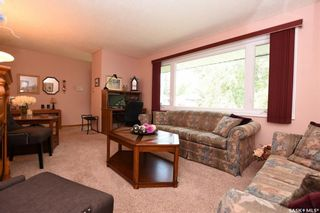 Photo 2: 121 McKee Crescent in Regina: Whitmore Park Residential for sale : MLS®# SK740847
