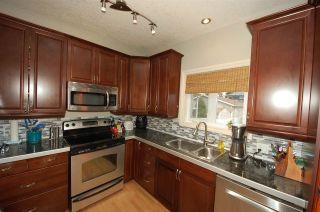 Photo 3: 8732 84 Avenue in Edmonton: Zone 18 House for sale : MLS®# E4253621